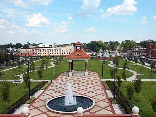 Government-Plaza-2