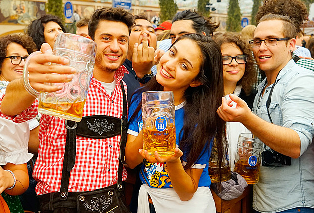 Oktoberfest 2015 - General Features Day 1